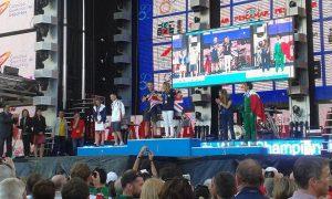 world-champ-podium